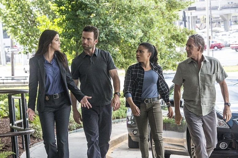 NCIS New Orleans_3x01 (1)