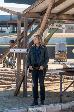 Kim Dickens as Madison Clark; single - Fear the Walking Dead _ Season 4, Episode 4 - Photo Credit: Richard Foreman, Jr/AMC