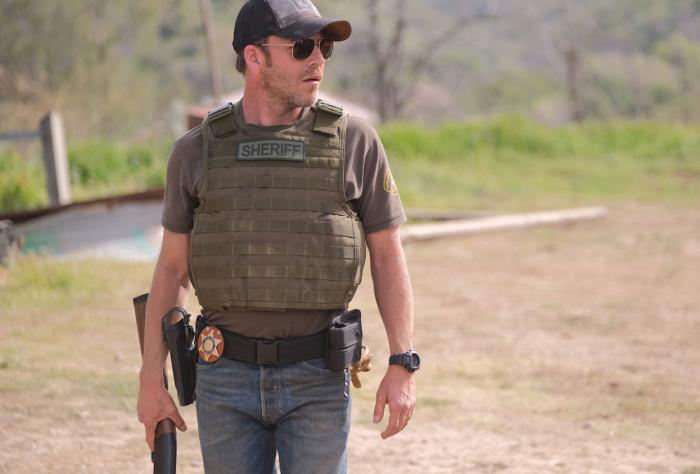 1x01_Deputy
